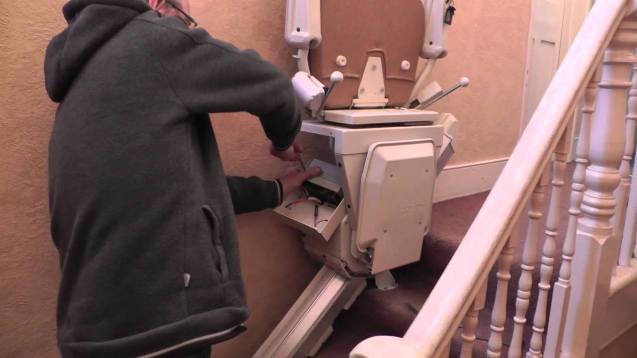stannah 300 stairlift how to replace the batteries youtube rh youtube com Stannah 300 Series Stannah 300 Series