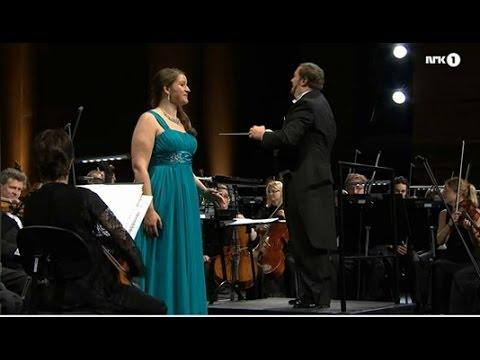 """Lise Davidsen: """"Dich, teure Halle"""" (Wagner) - 21.08.15"""