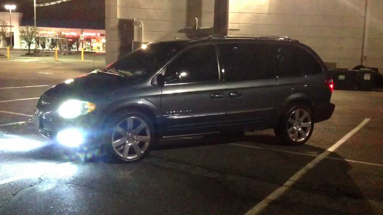 Dodge Mini Van >> srt8 rims on a chrysler town and country pt2 - YouTube