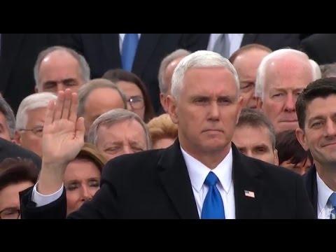 mike-pence-protesta-como-vicepresidente-de-los-estados-unidos-video-20-enero-2017