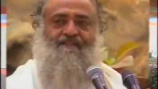 Kadam Apne Aage Badhata ChalaJa - Motivational Song by Sant Asharam Bapu