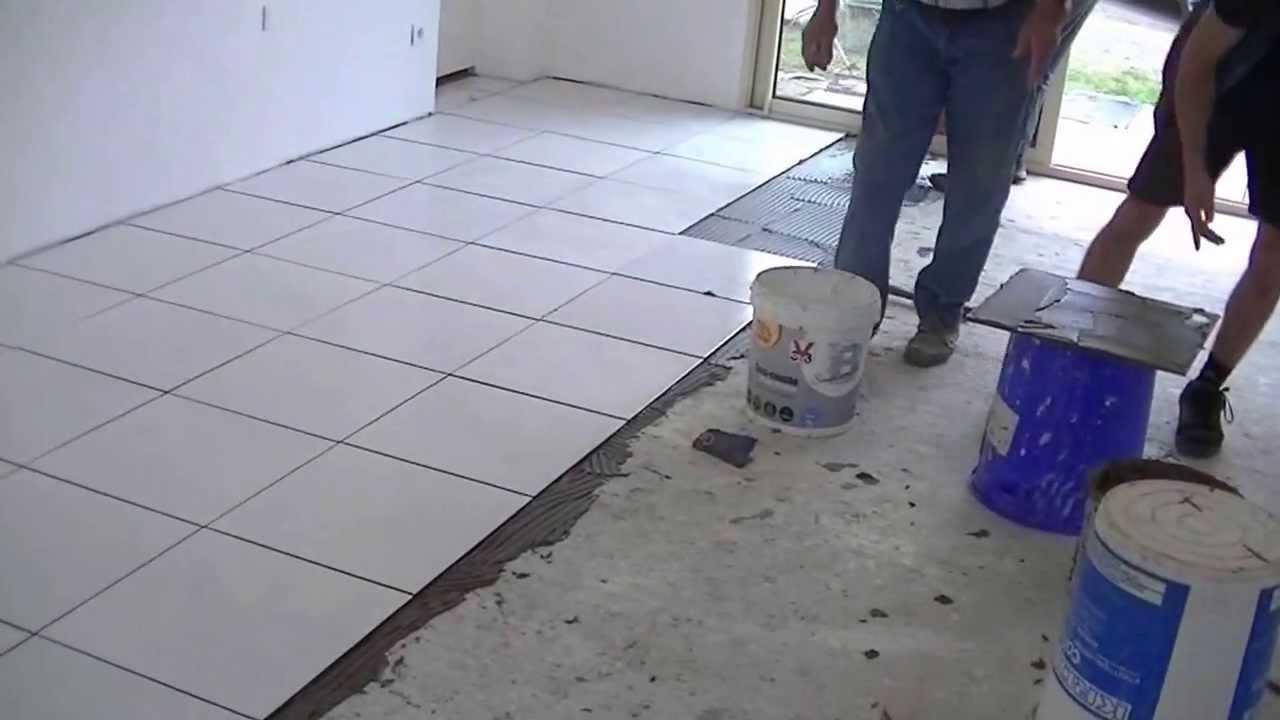 Comment poser du carrelage en int rieur youtube - Comment choisir son carrelage interieur ...