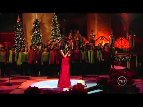 Victoria Justice - Christmas in Washington 2011 Performance