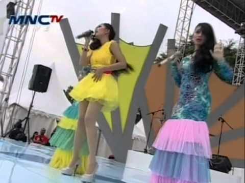 iMeyMey & Yobi Sister Brondong Tua MNC Festival Jakarta