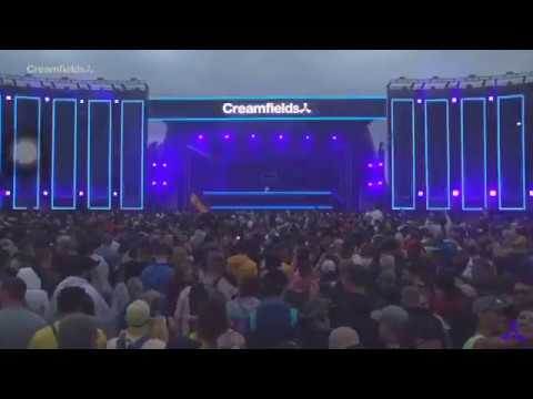 Hardwell playing Insomnia vs Another you (Hardwell mashup) at creamfields 2018