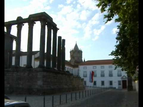 Évora Portugal and  Mariza Fado Musik.