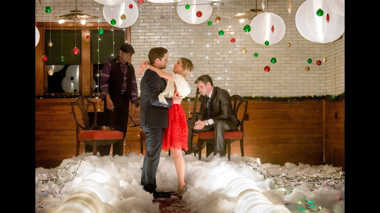The Perfect Christmas Present.The Perfect Christmas Present 2017 New Hallmark Christmas Movie Good Great