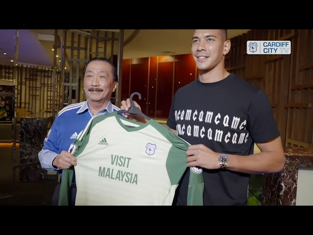 SIGNING 2017 – NEIL ETHERIDGE