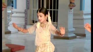 Krishna Dance by Neha, Pinky, Prachi, Students of Kumari Somashekhari