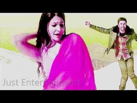 Anushka Sharma Hot Cleavage Show thumbnail