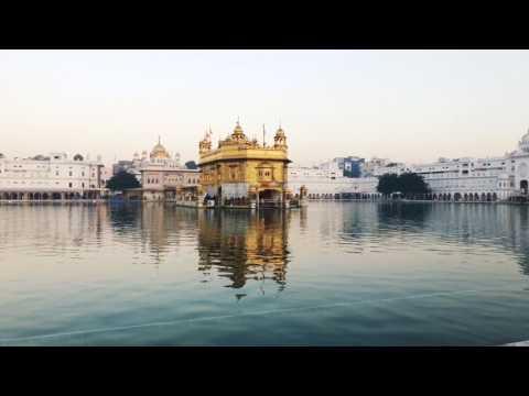 A Walk Through Harmandir Sahib (Golden Temple) Amritsar - India
