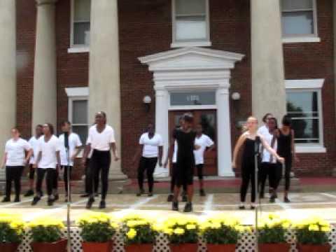 Amelia Middle School Students Dance to Beyonce