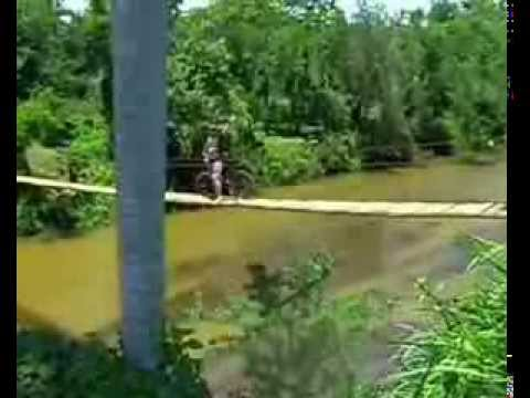 Mayari Aventurero, Cruzando el Rio Mayarí