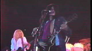 aerosmith performing toys in the attic live 1975 rate, comment and ...
