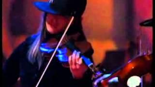 Tone - Du brauchst mich [02.12.2005 Live bei The Dome, Mannheim]