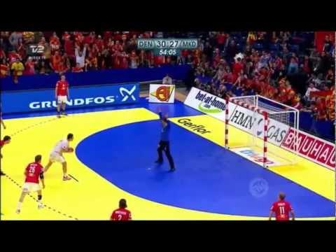 Mikkel Hansen VS Kiril Lazarov (EHF EURO 2012 Championship: Denmark VS Macedonia)