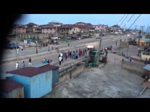 APC supporters celebrating in Oshogbo. Credit: Kamorudeen Ogundele