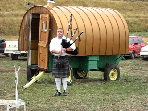 Bagpiper Dave Glad @ The Sheep Wagon Days Festival - Youtube