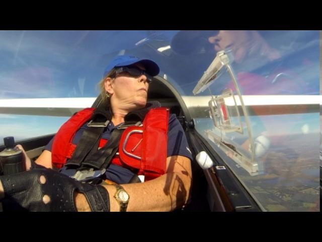 Glider Aerobatic training flight