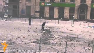 Українці своїх у біді не кидають! Історія про те, як патріоти свого від шакалів відбили