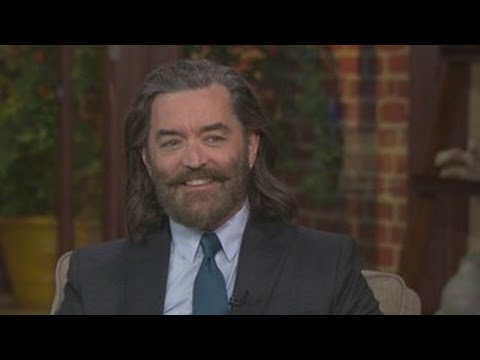 Timothy Omundsmon thinks it's good to be the king on 'Galavant'