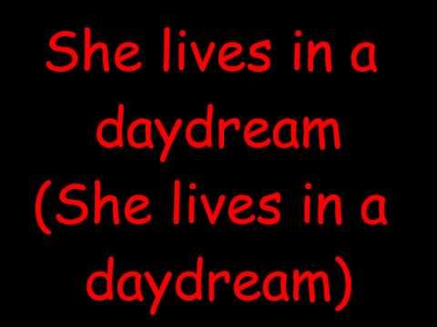 Trading Yesterday - She is the sunlight ( Lyrics )