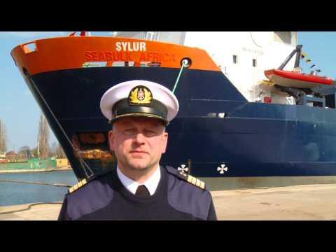 Morski chrzest statku Sylur należącego do spółki LOTOS Petrobaltic