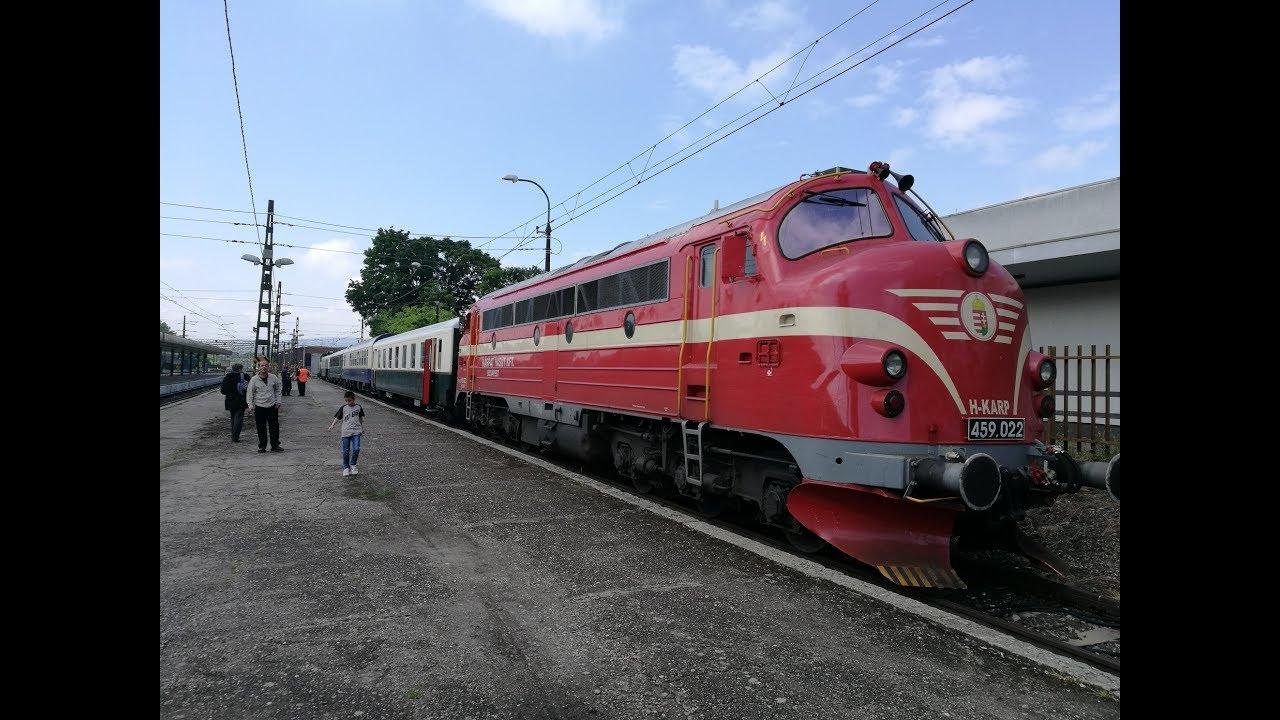 Különvonat angol vasútbarátokkal a HÉV-nél