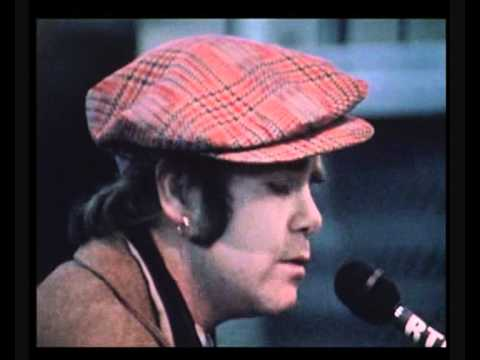 Elton John - Part Time Love   Live solo France 1978