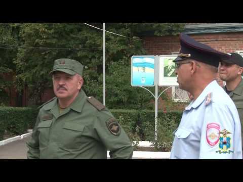 Олег Агарков посетил ОМВД России по Семикаракорскому району