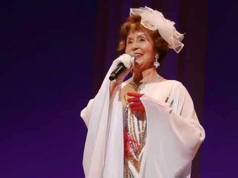 ジャジャーン 純白に、キンキラキーン すごいね。 前川清の、、♪夢の隣り 福井さん さーすがの、熱唱です。 わあお! H31・4・7...