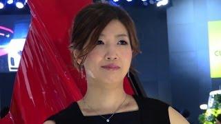 東京オートサロン2014を彩る、綺麗なお姉さんです。