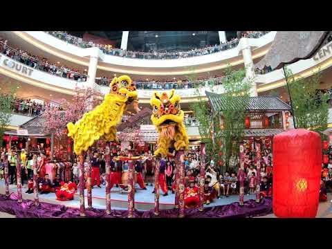 CNY 2019 ~ Acrobatic Lion Dance (双狮高桩表演 Múa Lân) by Kwong Ngai 光藝 @ Mid Valley (3/2/19)