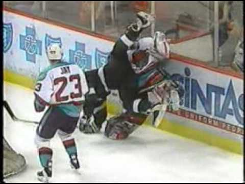 d2cc72f64b5 Detroit Vipers - Turner Cup video - YouTube