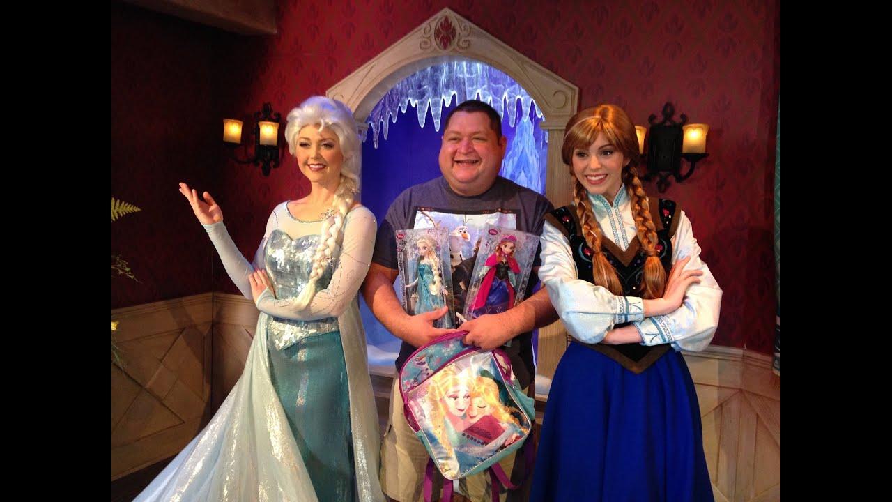 Frozen meet and greet meeting anna elsa youtube frozen meet and greet meeting anna elsa kristyandbryce Choice Image