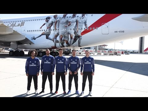 Real Madrid Players tour the Real Madrid Emirates A380 | Emi