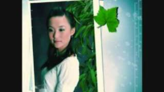 "Beautiful Chinese Song ""bamboo under the moonlight"" by Gong Yue"