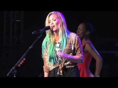 Demi Lovato HD - My Love Is Like A Star - Springfield, Illinois - August 11, 2012