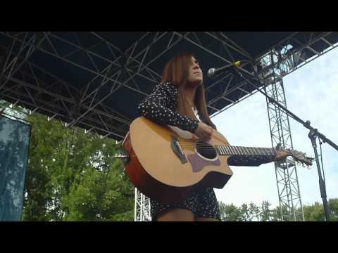 Bad For Me - Megan and Liz LIVE 8/19