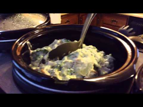 Slow Cooker Cream Cheese Chicken & Broccoli