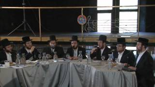 Voices of Magnificence - Yoely Greenfeld & Shira Choir