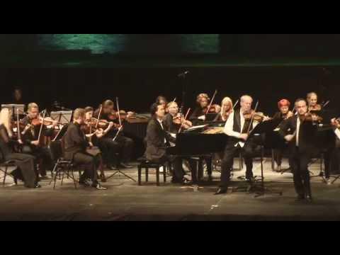 Riverdancing Violinists