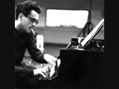 MICHEL LEGRAND plays and sings LES MOULINS DE MON COEUR 1969