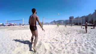 Brazil Footvolley ブラジル フットバレーの様子。