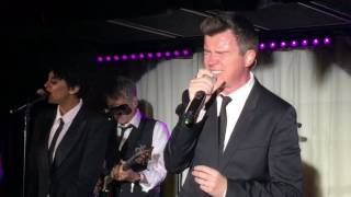 Gambar cover Rick Astley - Cry For Help (Live 2016)