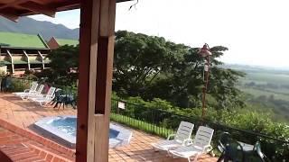 Hotel los Vinñedos , restaurant Parador Grajales. Valle la Union, Valle del Cauca . Colombia