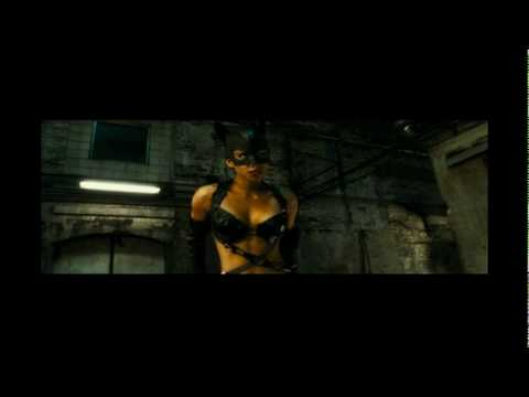 Catwoman - Fly on the Wall