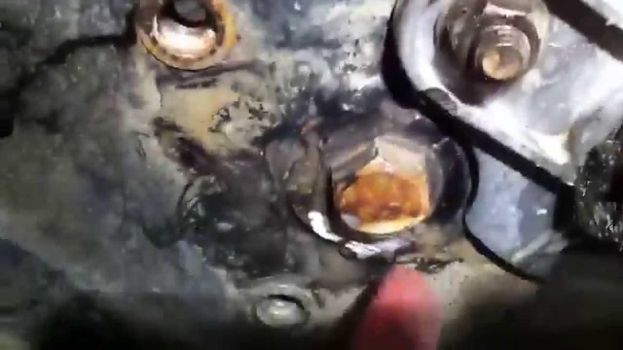 polaris xplorer 400 Rear Axle Bushings & Starter Work. - YouTube