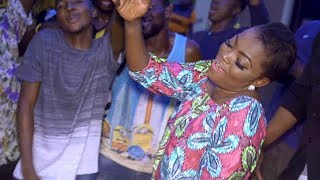 Download Video Funke Akindele Shows Her Dancing Skills As She Dab And Twerk With Family MP3 3GP MP4