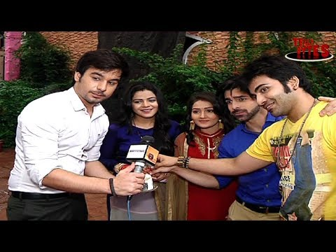 EXCLUSIVE!  Fans Special Farewell for Thapki Pyaar Ki Cast thumbnail